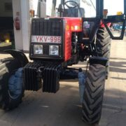 2018-kenderes-uj-traktor-01